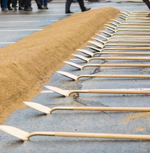 Groundbreaking shovels